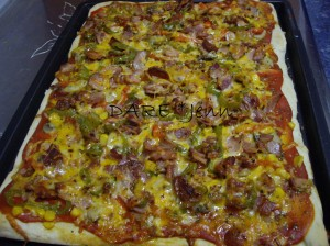 Pizza de Bacon, Chorizo y Verduras 2010-06-13 15-17-46_0001c